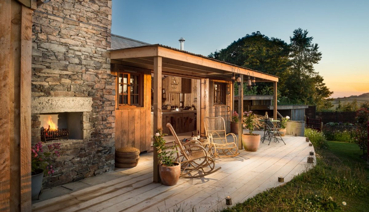 peaceful deep cottages enjoy cartole to fowey heart welcome south dsc holiday cornwall polperro beautiful in of east countryside perfect cornish surroundings place looe nr the